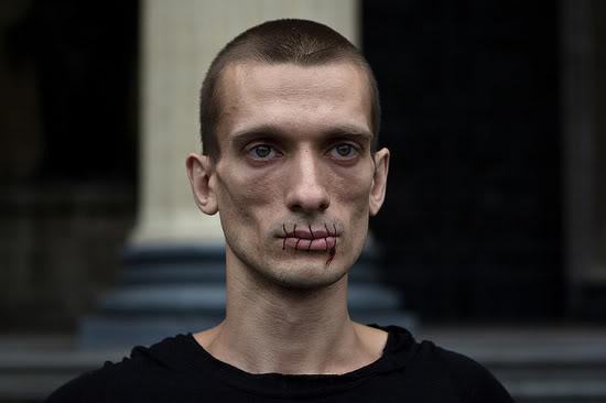 Petr_Pavlensky_2012_550x366